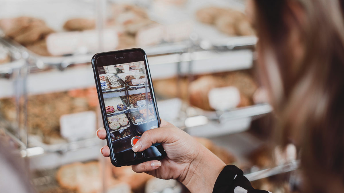 How to maximise the impact of your Facebook and Instagram videos